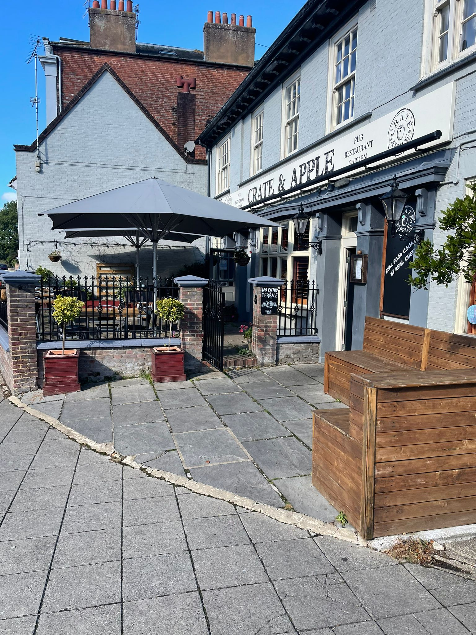 Crate and Apple Photo of front of pub